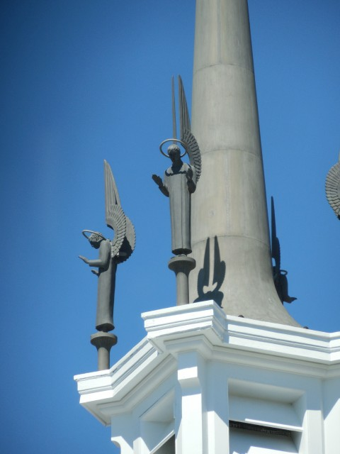 2.4.11 Aluminum Steeple Sculptures, St Thomas More, Yale.  Overview after repairs
