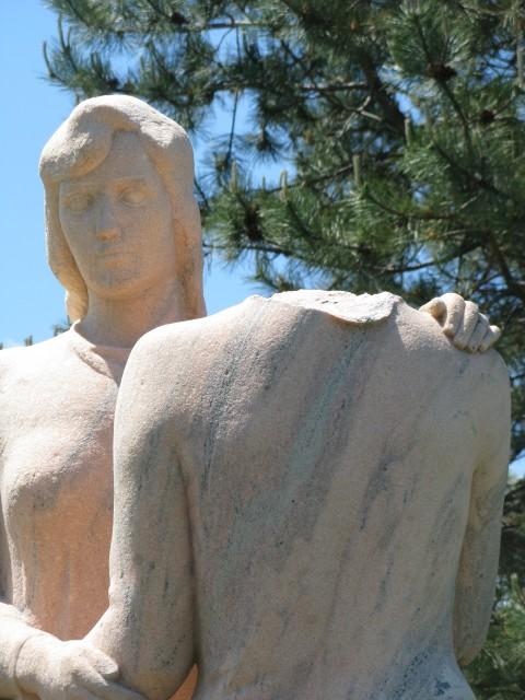 2.4.4 Neighbors, Kreis, Stamford, CT. Head broken from Tennessee Limestone sculpture.