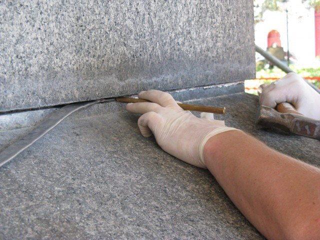2.5.13  Installing new lead in historic monument with original lead joints.