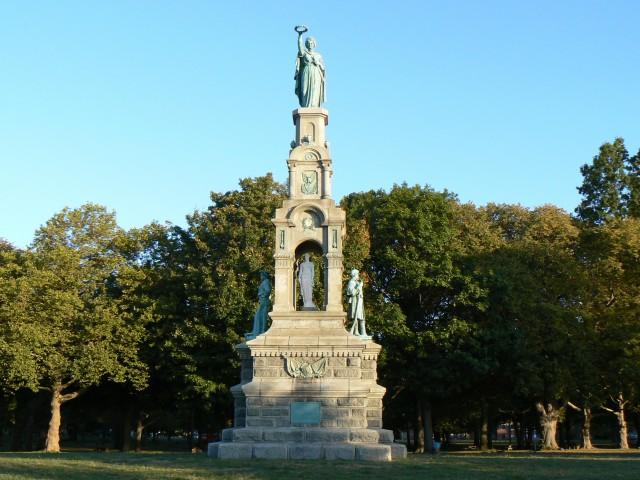 2.6.13 Soldiers Monument Bridgeport