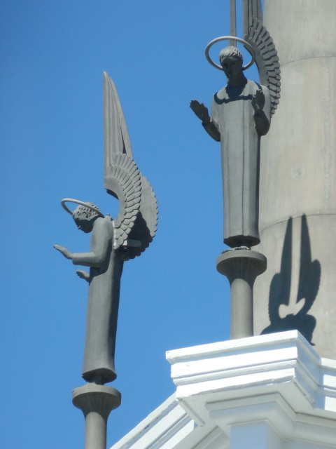2.9.20 ST. Thomas More Chapel, Yale, Steeple Sculptures. Aluminum angels after installation.