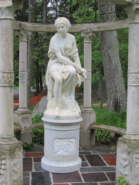 3.2.10 Ruth, Giovanni Batista Lombardi, 1862, Rome,  Stamford Museum and Nature Center, CT. Italian marble after conservation.