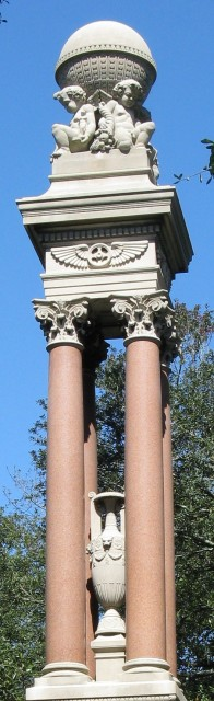 3.2.13 Gordon Monument, Van Brunt & Howe, 1883, Savannah, GA. Polished granite columns and Indiana limestone ornamentation after treatment.