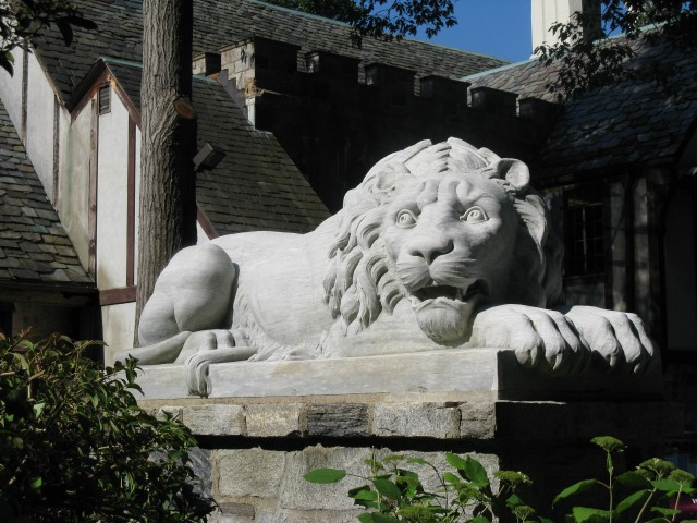 3.2.18 Bendel Lion - Alert,  1875, Stamford Museum and Nature Center, CT. Italian marble sculpture after treatment.