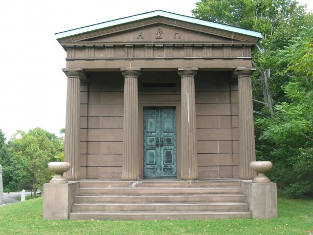 4.1.28 Letchworth-Skinner Mausoleum, 1872, Forest Lawn Cemetery, Buffalo, NY. Overview of structure during assessment of bronze and interior objects.