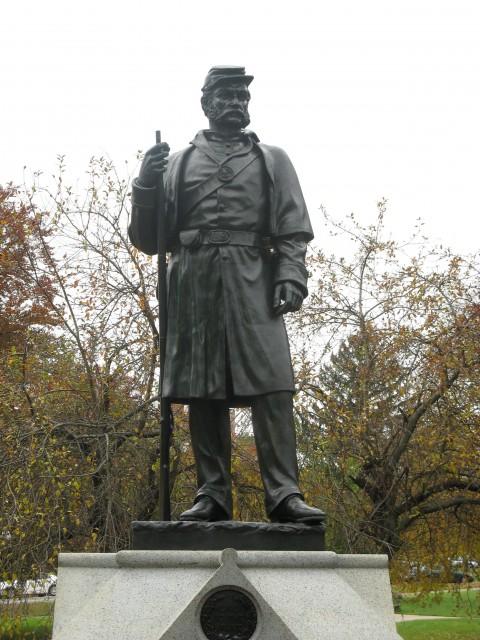 6.1.33 Soldiers Monument, Melzar Mosman, 1874 Middletown, CT.