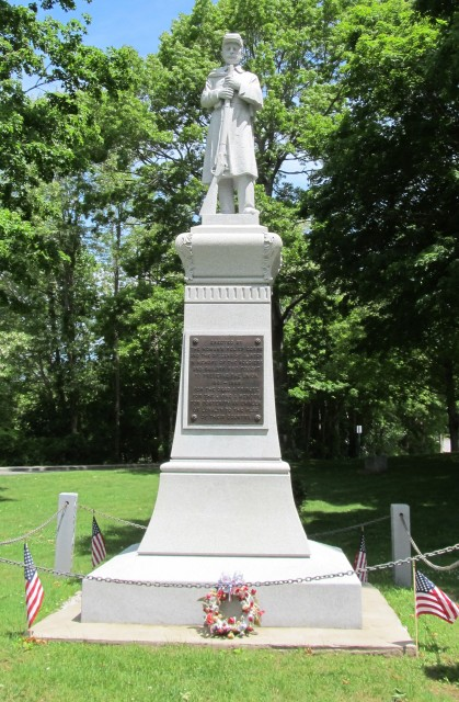 6.2.20 Soldiers' and Sailors' Monument, 1911, Clinton, CT.
