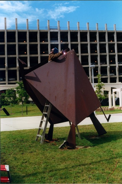 6.3.6 Kite, Jasha Green, 1977, Housatonic Museum of Art,  Bridgeport, CT. Overview of the Cor-ten sculpture repairing failed welds.
