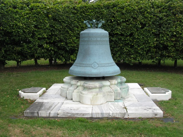 6.7.14 Oishei Memorial Bell, Bolle Pere Fils Founders, 1866, Forest Lawn Cemetery, Buffalo, NY. Cast bell during Condition Assessment and Treatment Recommendations.