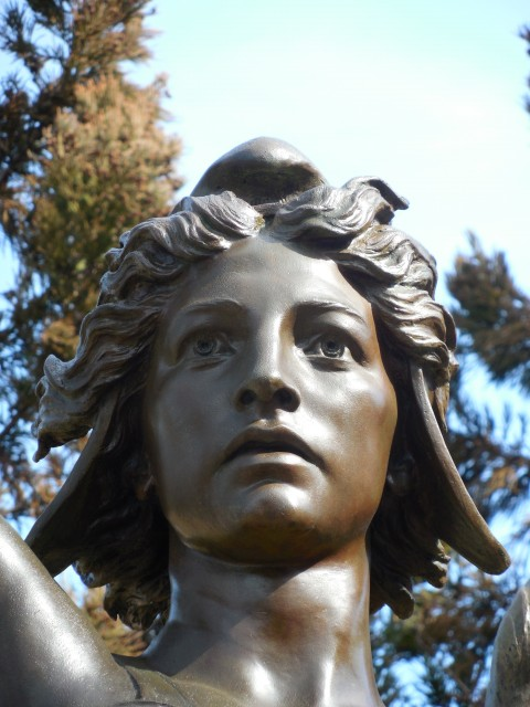 12. Spanish American War Monument, Evelyn Beatrice Longman, 1926, Hartford, CT. Detail of patina based on original after treatment.