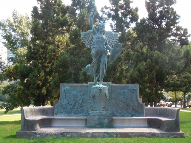 3. Spanish American War Monument, Evelyn Beatrice Longman, 1926, Hartford, CT. Overview of monument before treatment.